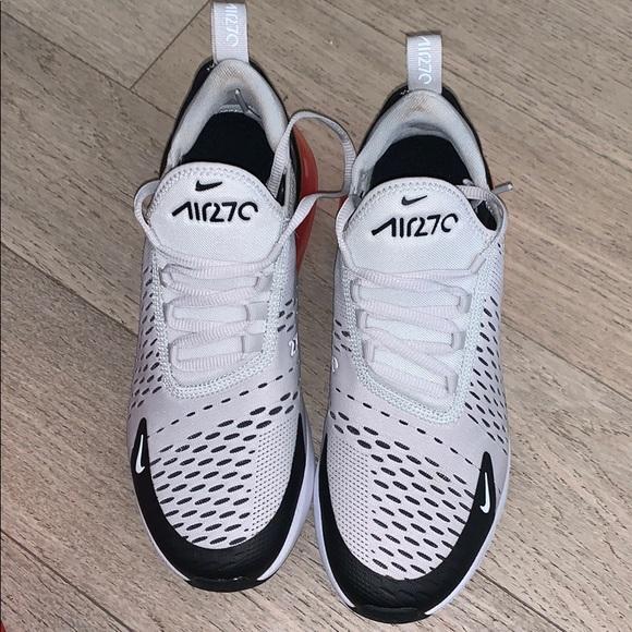 EUC Nike Air Max 270